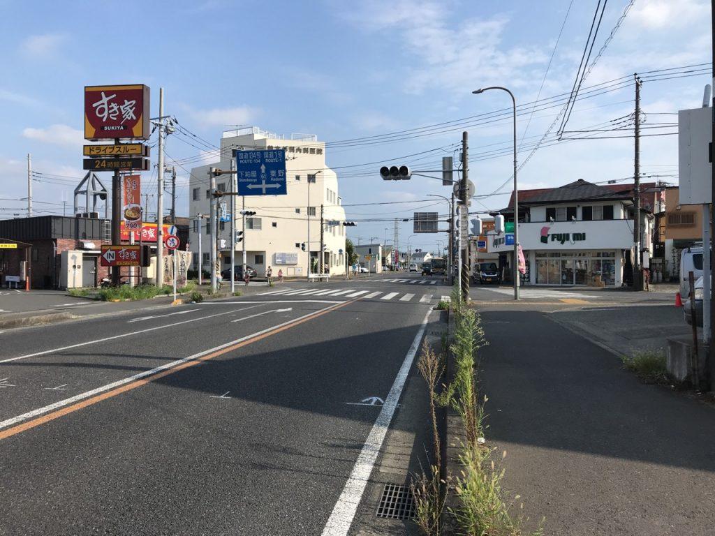 平塚伊勢原線 老朽化により舗装が傷んでいました